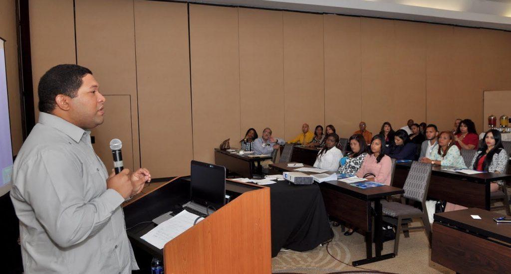 Ministerio de Trabajo y la Organización de Estados Americanos (OEA) imparten taller