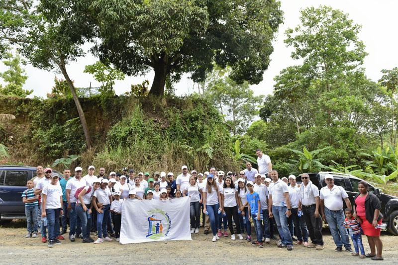 Realiza jornada de reforestación en el río Ozama