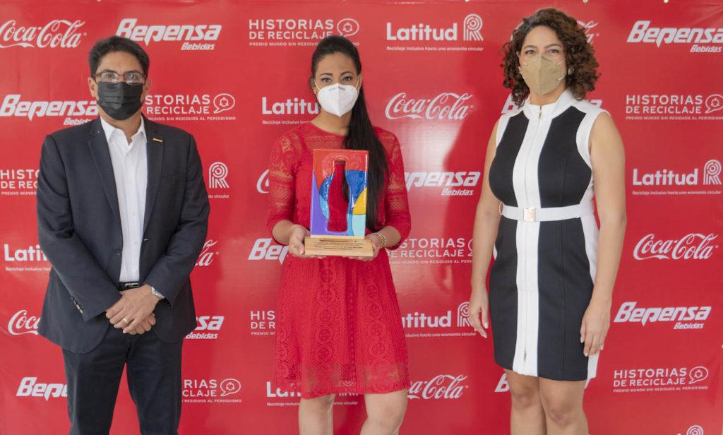 Entregan Premio periodístico «Un Mundo sin Residuos» auspiciado por Coca-Cola